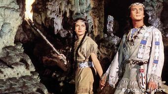 Karin Dor in Winnetou mit Pierre Briece