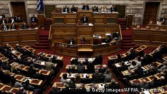 Ο Γιώργος Μπήτρος προτείνει την κατάργηση του άρθρου 106 του Συντάγματος