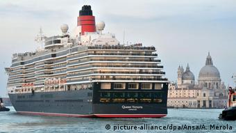Italy luxury sea cruiser Queen Victoria (picture-alliance/dpa/Ansa/A. Merola)