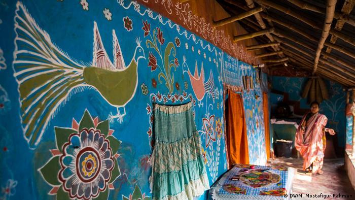 নাচোলের টিকইল গ্রাম
