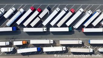 Πάρκινγκ φορτηγών στη Γερμανία