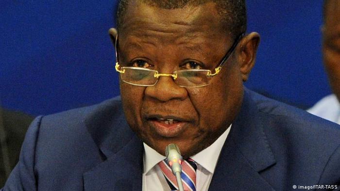 Lambert Mende Omalanga, ancien porte-parole du gouvernement congolais et chef d'un parti Lumumbiste.