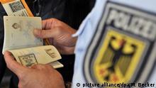 Polizeikontrolle - Einreise am Frankfurter Flughafen