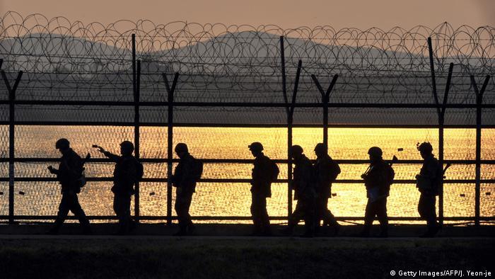 Südkorea Grenzanlage zu Nordkorea (Getty Images/AFP/J. Yeon-je)