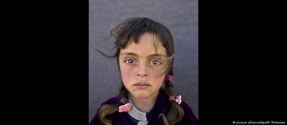 A família de Zahra fugiu do conflito civil na Síria em 2015 e, desde então, vive num acampamento na Jordânia
