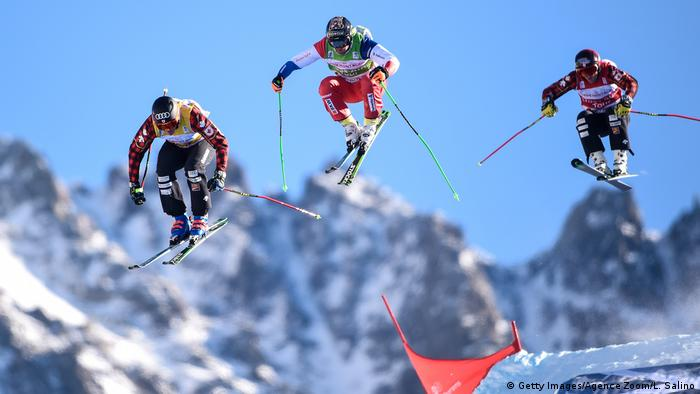Ski Cross skiers in the air (Getty Images/Agence Zoom/L. Salino)