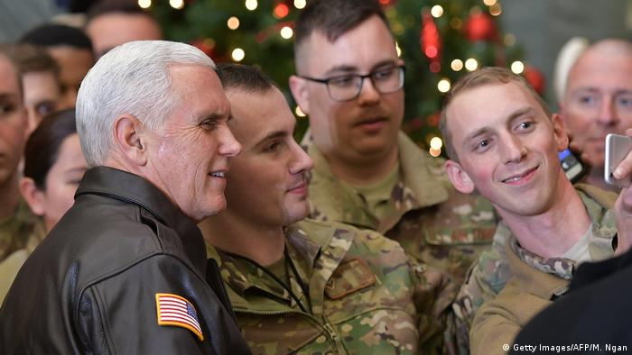 US-Vizepräsident Mike Pence zu Besuch in Afghanistan (Getty Images/AFP/M. Ngan)