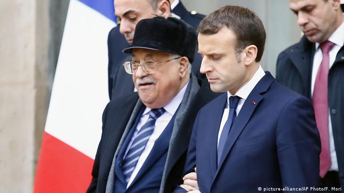 Frankreich Abbas bei Macron (picture-alliance/AP Photo/F. Mori)