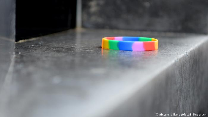 Rainbow-colored bracelet placed on Berlin memorial for homosexuals prosecuted under the Nazis