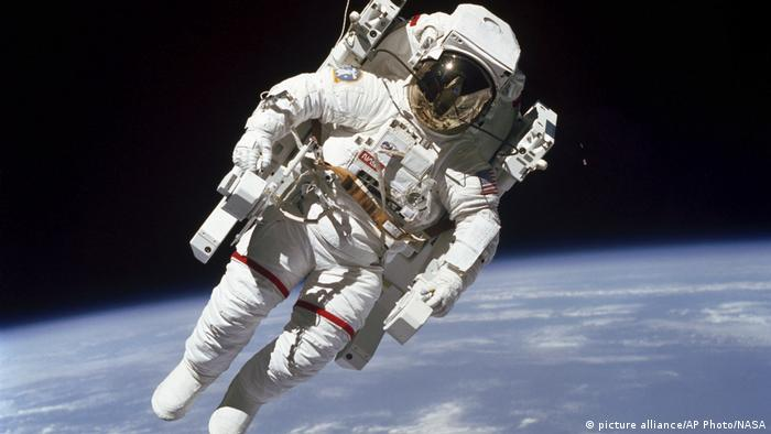 USA - Obit Space Bruce McCandless 1984 (picture alliance/AP Photo/NASA)