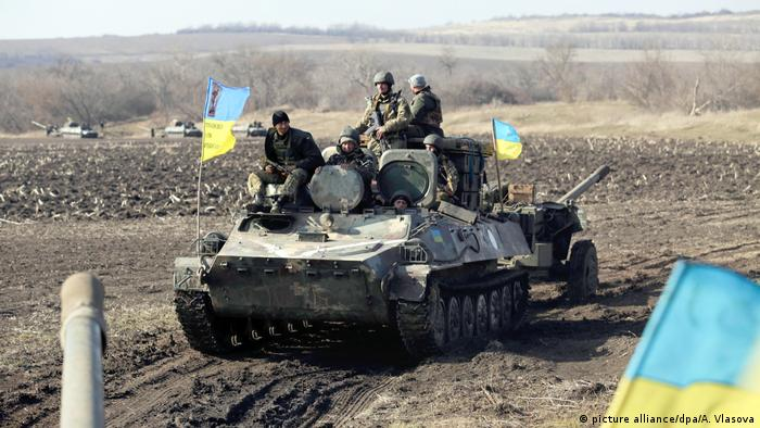 Ukrainian tanks (picture alliance/dpa/A. Vlasova)