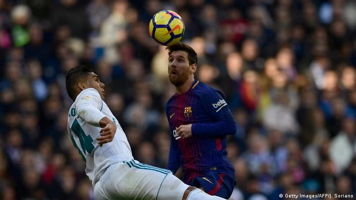 Fussball Real Madrid vs. Barcelona Lionel Messi (Getty Images/AFP/J. Soriano)