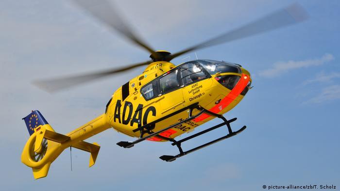 Deutschland «Spiegel»: Bundeswehr lässt Hubschrauber-Piloten beim ADAC trainieren (picture-alliance/zb/T. Scholz )
