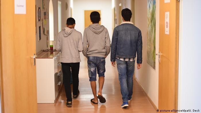 Несовершеннолетние беженцы в немецком Карлсруэ