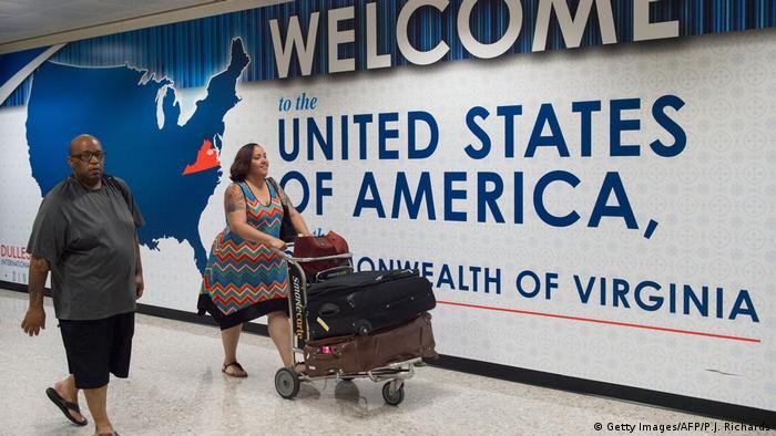 منطقة الهجرة والجمارك في مطار واشنطن في الولايات المتحدة (أرشيف)