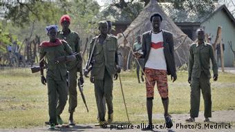 Südsudan Soldaten der Opposition