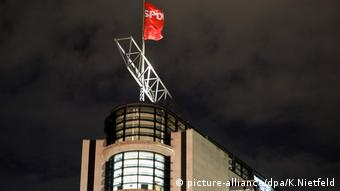 Deutschland | SPD Parteizentrale Willy-Brandt-Haus (picture-alliance/dpa/K.Nietfeld)