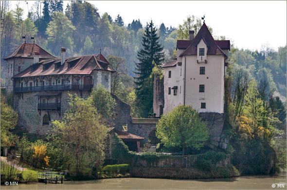 Замок Вернштайн