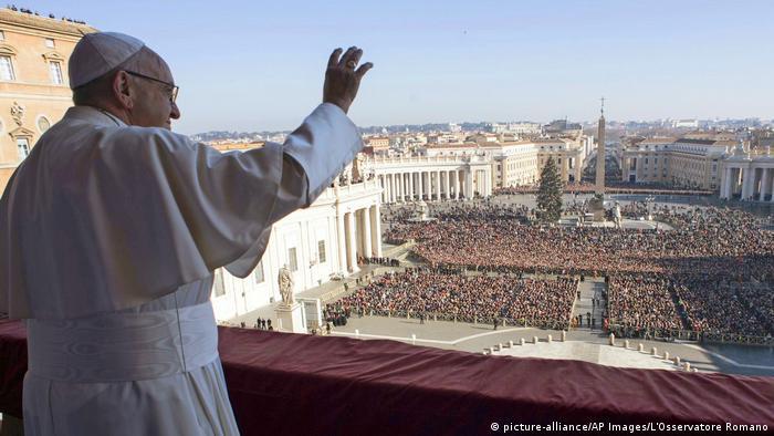 Vatikan Papst mahnt zu Frieden in Jerusalem und Nahost (picture-alliance/AP Images/L'Osservatore Romano)