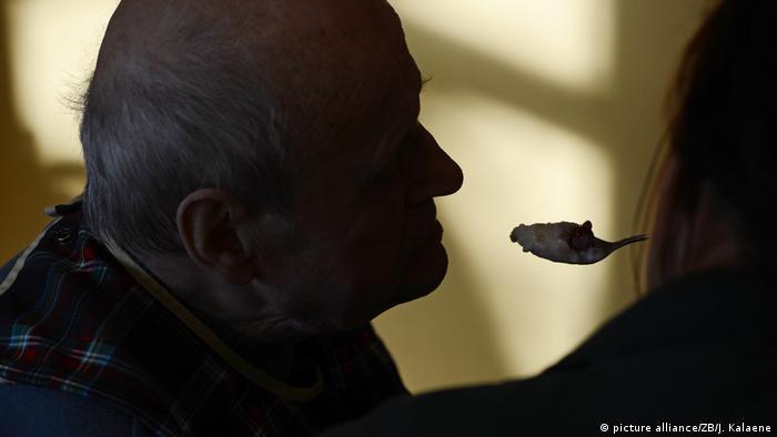 Symbolbild Senioren Einsamkeit (picture alliance/ZB/J. Kalaene)