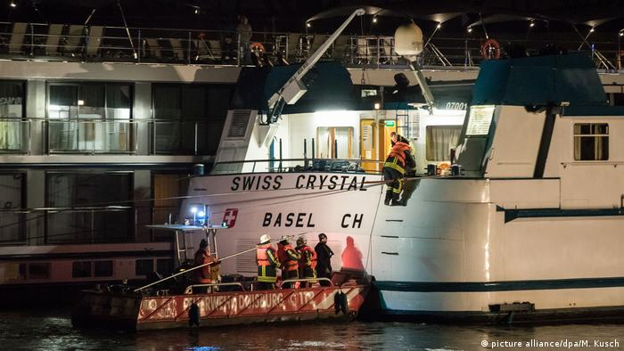 The 'Swiss Crystal' cruise ship after the accident near Duisburg