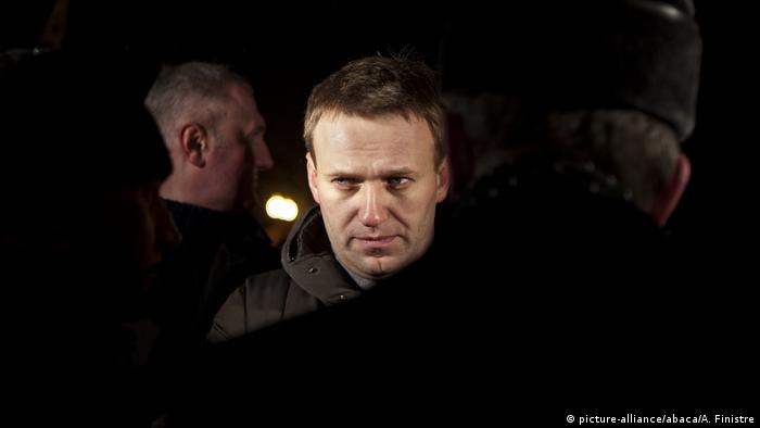 Russian opposition activist and protest movement leader Alexei Navalny (picture-alliance/abaca/A. Finistre)