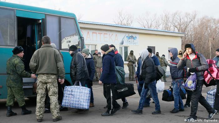 На Донбасі відбувся перший в цьому році обмін полоненими між Києвом та сепаратистами