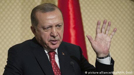 Ердоган обіцяє швидке завершення операції проти курдів у Сирії