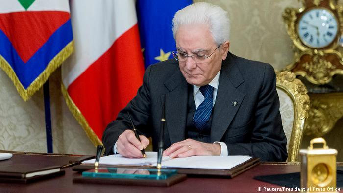 Серджіо Маттарелла розпустив італійський парламент