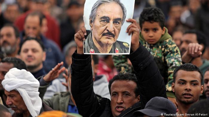 Libyen Bengasi Unterstützer von Militärkommandanten Khalifa Haftar