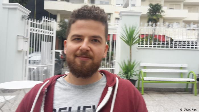 Albanien Medizinstudenten Johan Habiari (DW/A. Ruci)