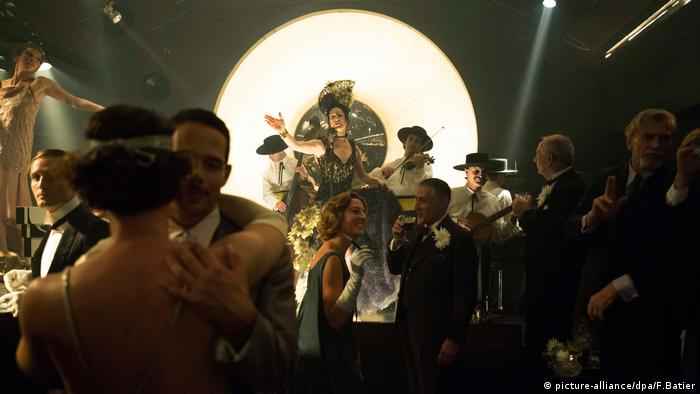 Babylon Berlin scene at Bar Tausend (picture-alliance/dpa/F.Batier)