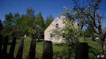House on the land in Jamlitz where the mass grave is supposed to be