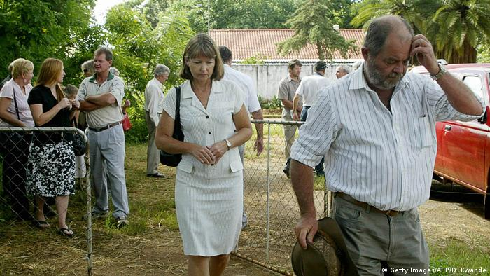 White farmers forcibly evicted from their land in Zimbabwe