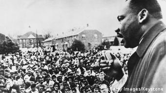 Мартін Лютер Кінг на мітингу в Сельмі