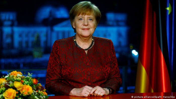 Deutschland | Neujahrsansprache BK Angela Merkel 2018 (picture-alliance/dpa/H. Hanschke)