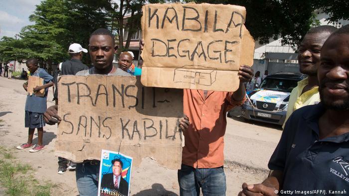 Foto de arquivo (2017): Manifestantes pedem saída do Presidente Joseph Kabila.