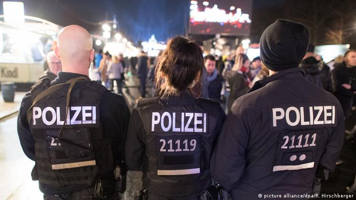 Silvester 2018 in Berlin (picture alliance/dpa/R. Hirschberger)
