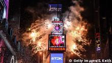 Silvester & Neujahr 2018 | New York Times Square