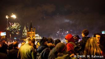 Φέτος στην Κολωνία και αλλού στη Γερμανία οι πολίτες θα υποδεχτούν το νέο χρόνο χωρίς συνωστισμούς όπως στο παρελθόν