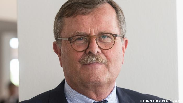 Deutschland Präsident der Bundesärztekammer Prof. Dr. med. Frank Ulrich Montgomery