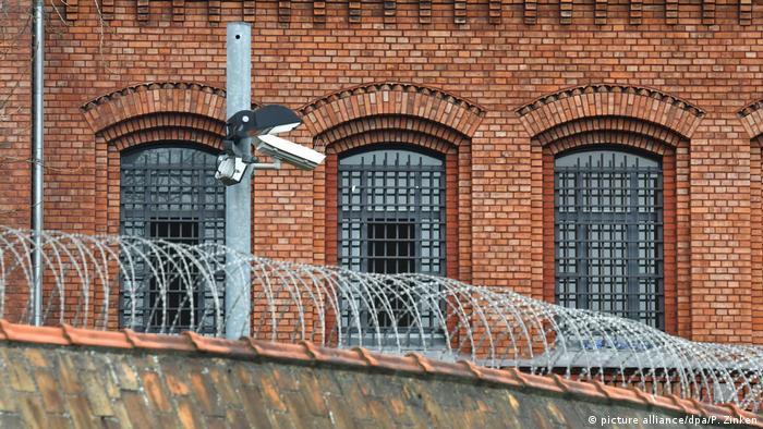 سجن بلوتسنزي في برلين