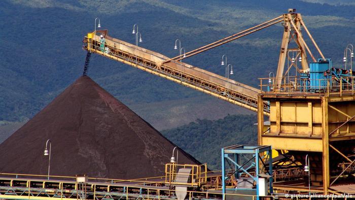 Exploração de minério de ferro em Minas Gerais