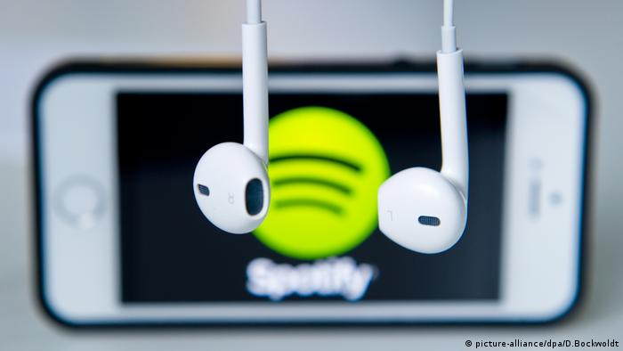 Spotify (picture-alliance/dpa/D.Bockwoldt)