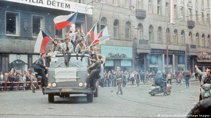 Празька весна на вулицях Чехословацької столиці