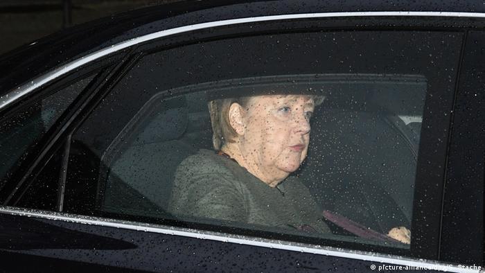 Angela Merkel u automobilu