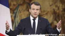 French President Emmanuel Macron delivers his New Year address to the press at the Elysee Palace in Paris, Wednesday Jan. 3, 2018. (Ludovic Marin, Pool via AP) |