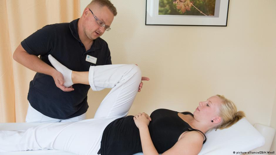 لماذا يتزايد عدد المصابين بمشاكل الركبة حول العالم؟