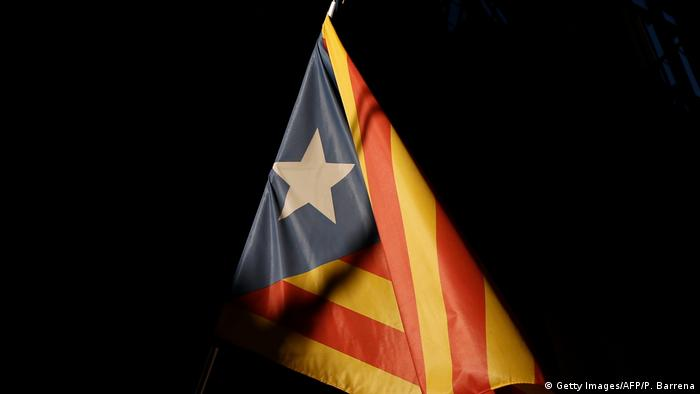 Catalan secessionist flag on black (Getty Images/AFP/P. Barrena)