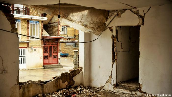 کمیسیون عمران مجلس قرار است تا پایان دی ماه سال ۱۳۹۶ گزارش کارگروه ویژه این کمیسیون درباره زلزله اخیر کرمانشاه را به مجلس ارائه کند